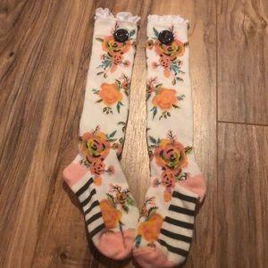 Small Matilda Jane floral socks